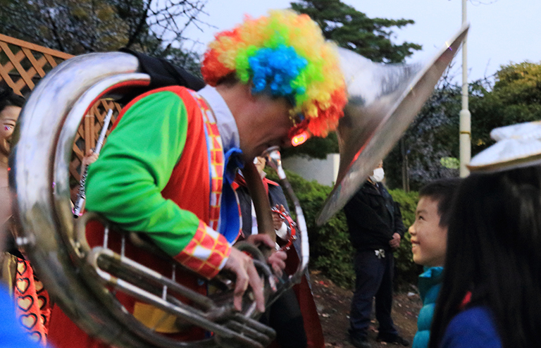 ■ サプライズ演奏やパレード演奏