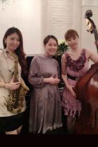 【事例】クリスマス演奏 女性ジャズユニット Swing Trio