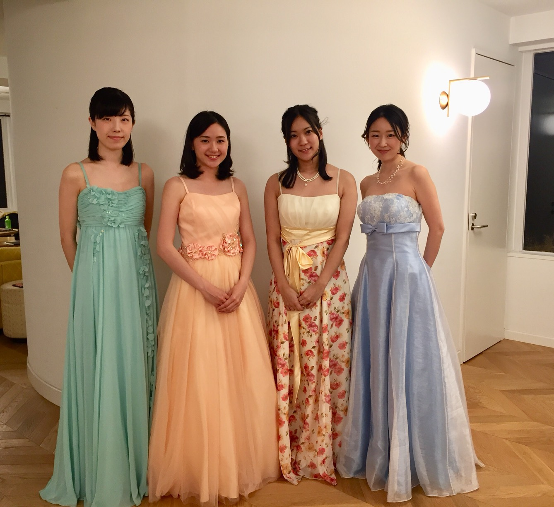 フルート、ヴァイオリン、ヴィオラ、チェロの4名編成です