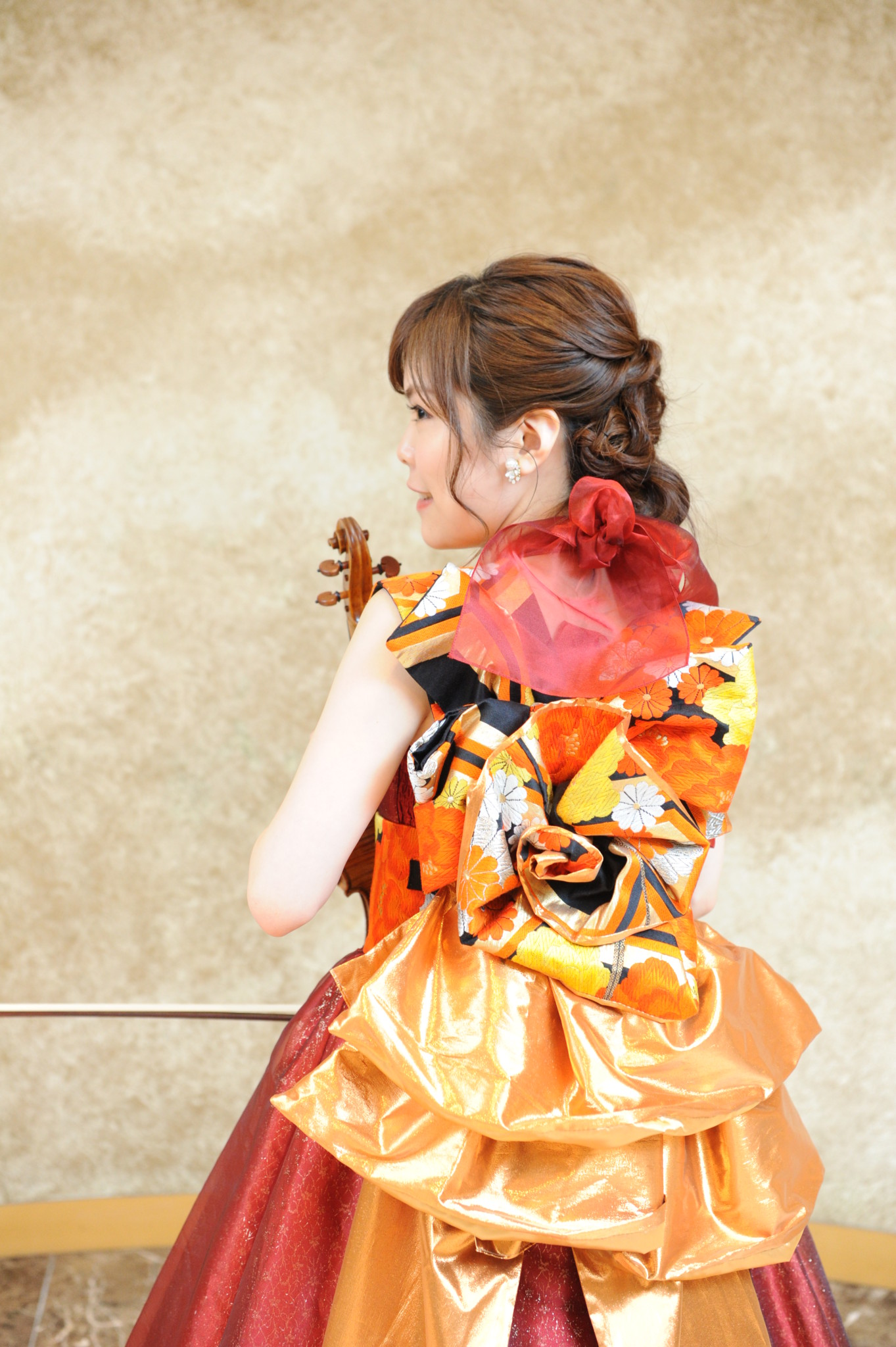 なでしこオーケストラの衣装は和ドレスで素敵です