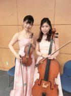 ヴァイオリンとチェロでお正月の歌の生演奏。歌の伴奏もさせていただきました