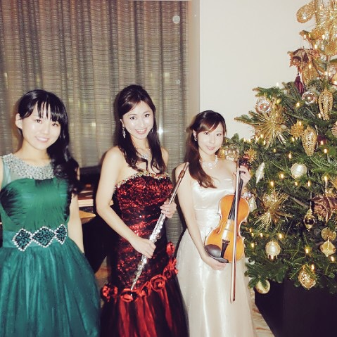 フルート、ヴァイオリン、ピアノのクラシック三重奏