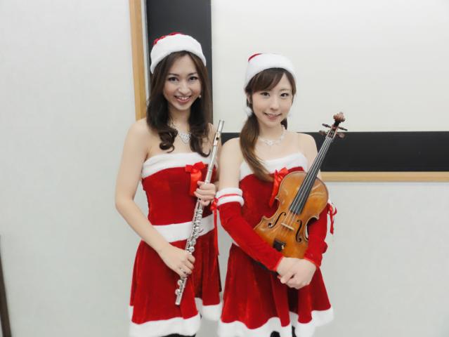 フルートとヴァイオリンでクリスマスイベント演奏でした