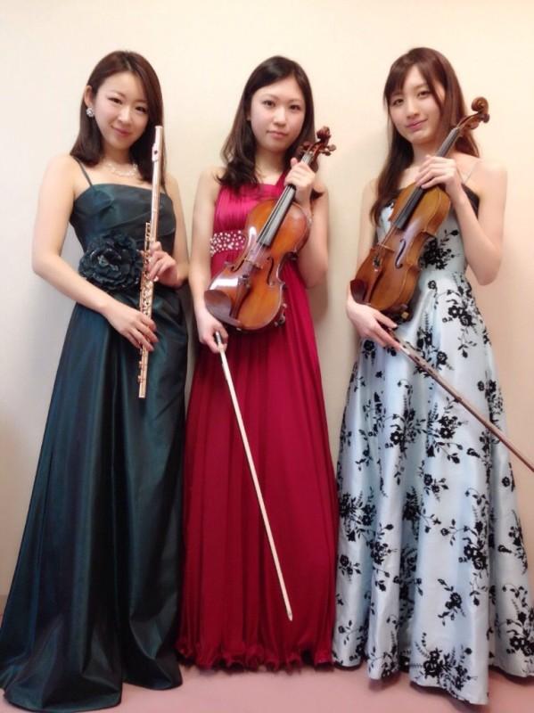 クラシック三重奏で生演奏でした