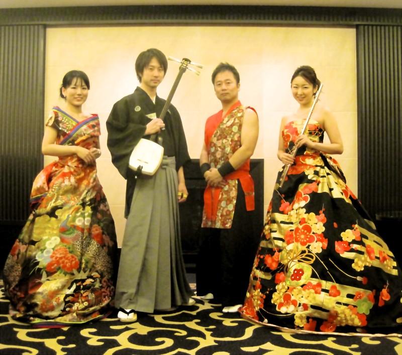 和洋カルテットは華やかで人気があります