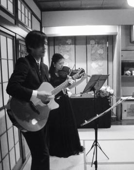 ヴァイオリンとギターの二重奏でした
