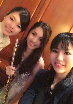 管楽器、鍵盤楽器の美人演奏家