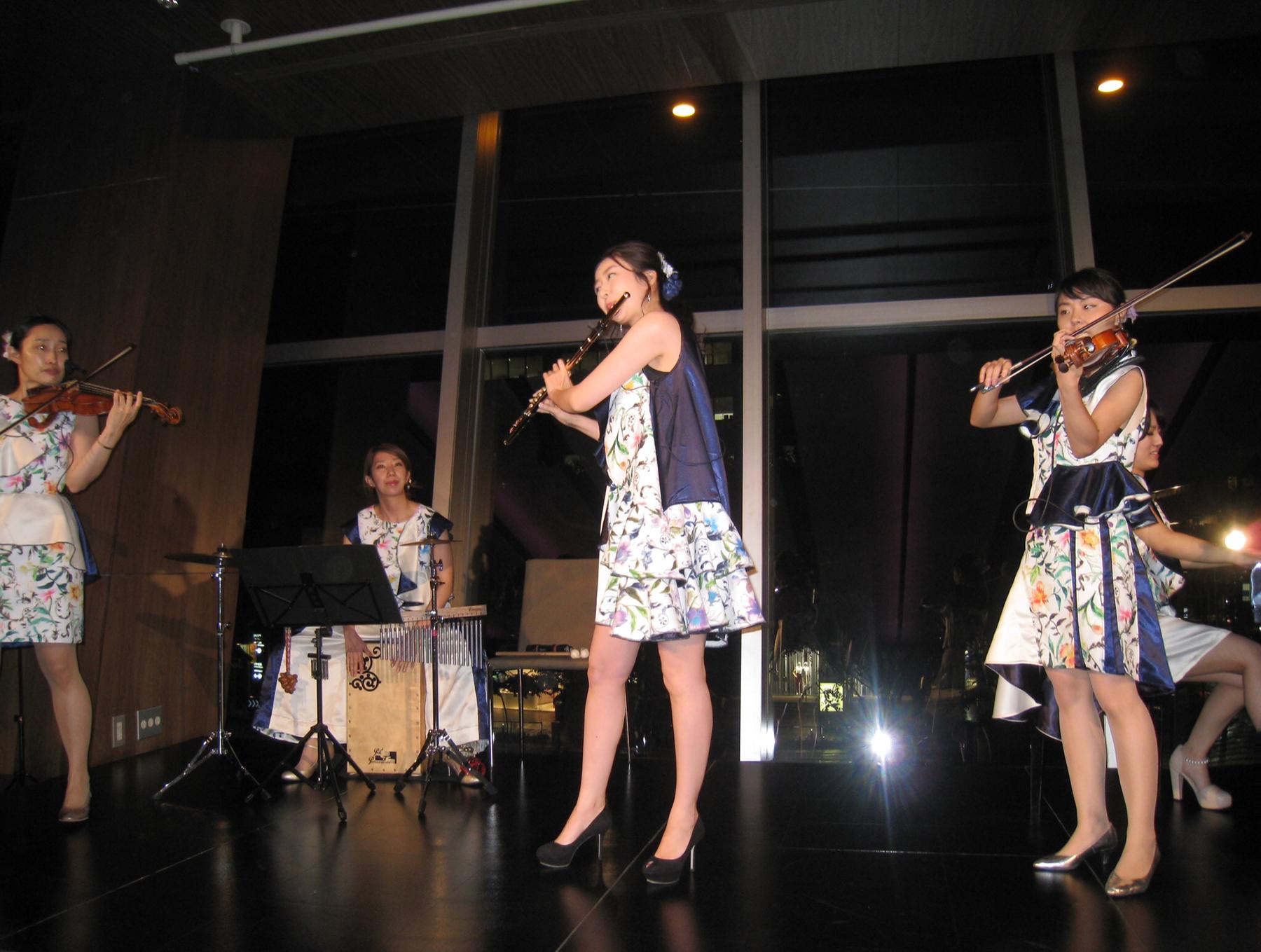 グランドハイアット東京にて余興演奏でした