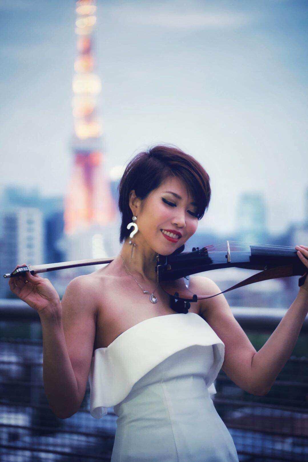 美人ヴァイオリン奏者は中国語も話せます