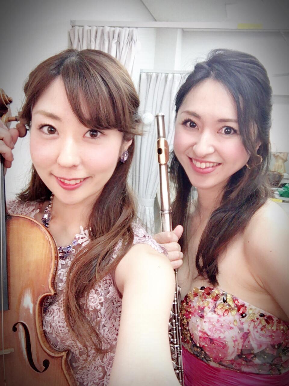 ウェルカム演奏はヴァイオリンとフルートの二重奏でした