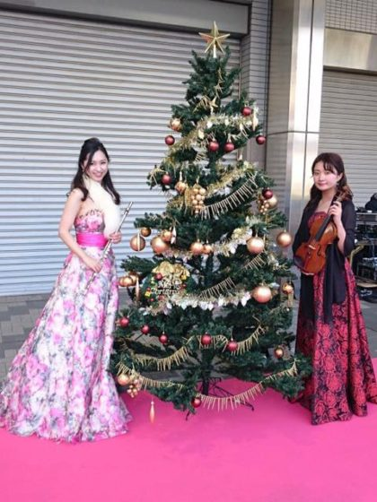 クラシック、クリスマス曲を演奏しました