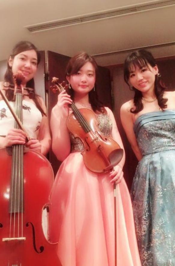 ヴァイオリン、チェロ、ピアノの3名編成でした