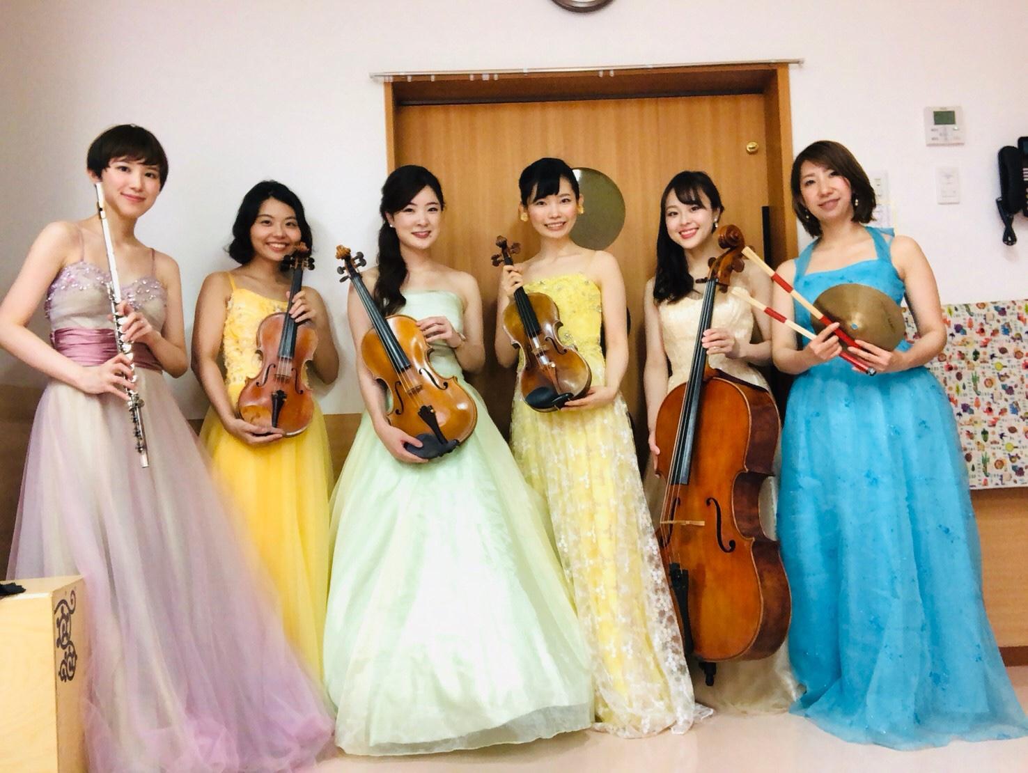 女性演奏家の生演奏で人気があります