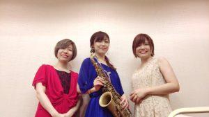 3名編成でジャズの生演奏でした
