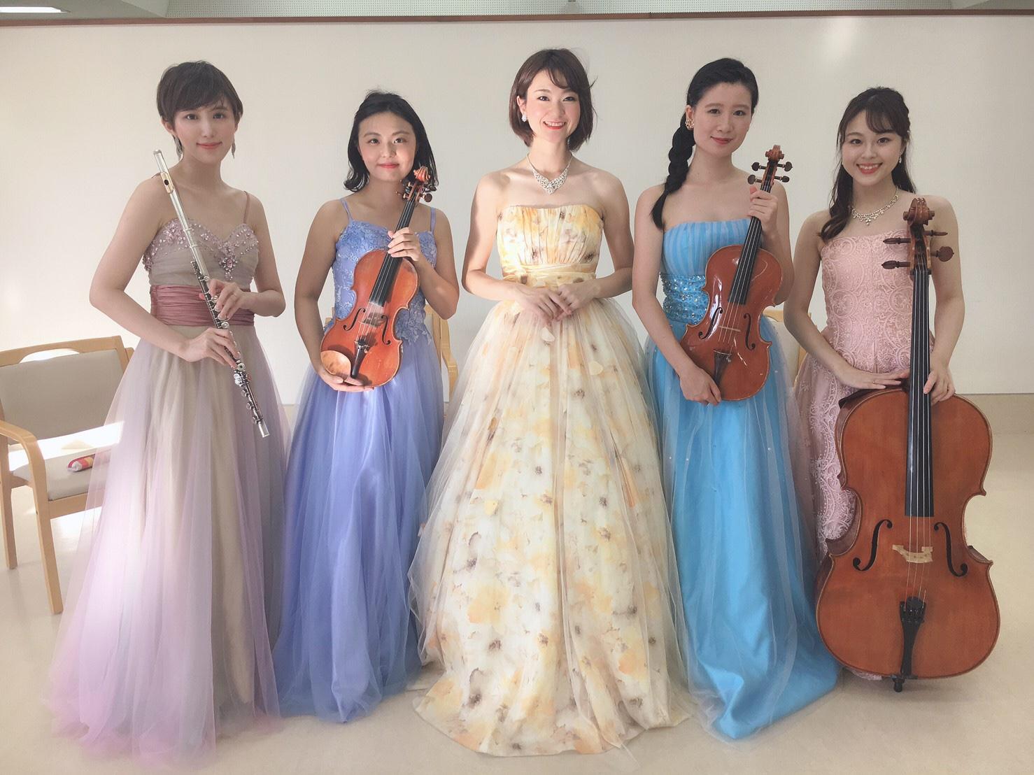 ソプラノ歌手とフルートと弦楽器の編成でご依頼頂きました