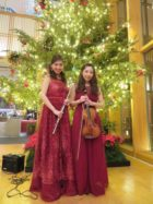 フルートとヴァイオリンでクリスマス曲を生演奏