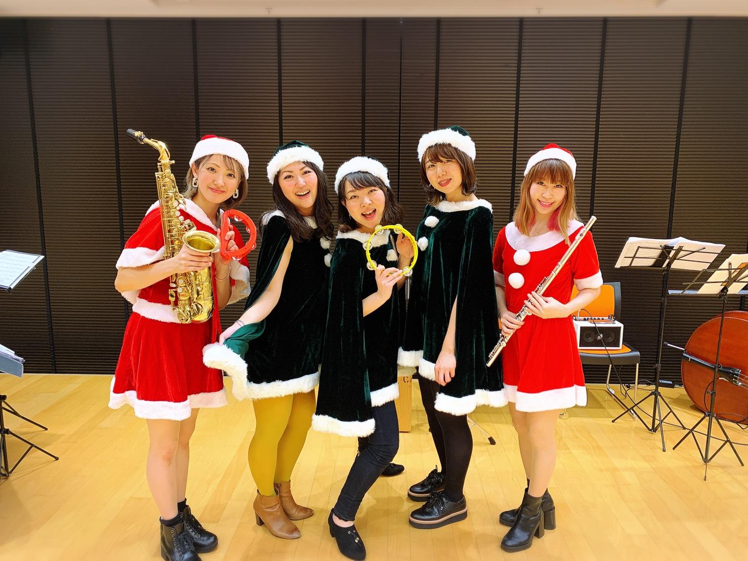 クリスマスコンサートにてジャズの生演奏でした