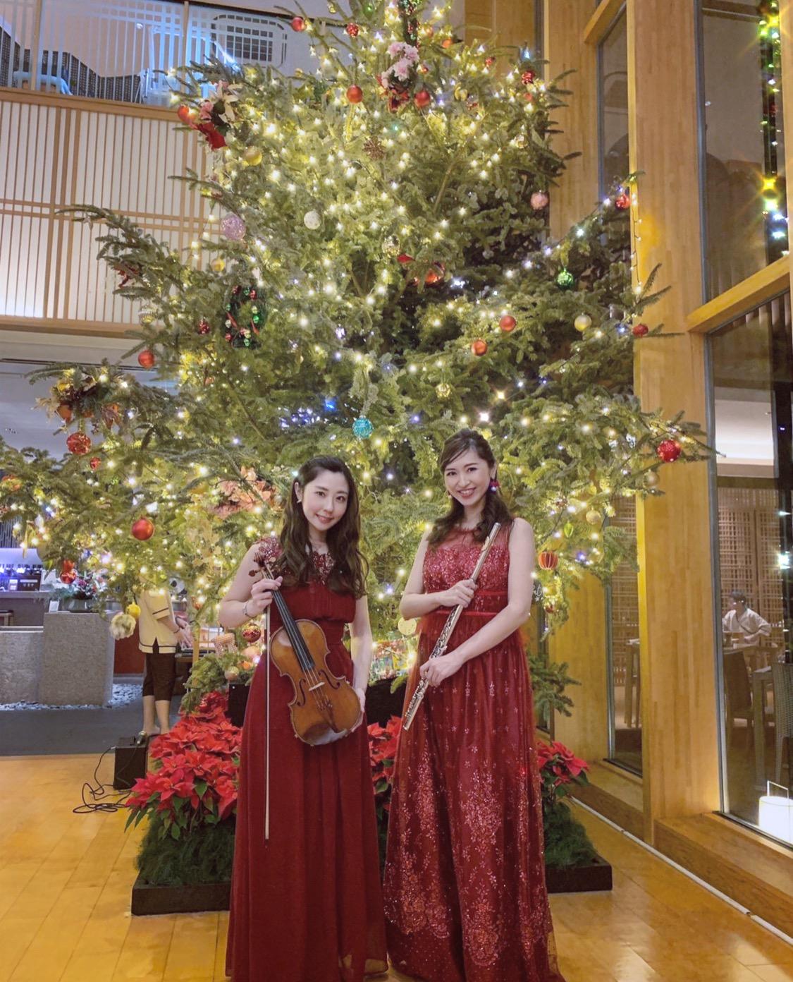 フルートとヴァイオリンでクリスマスコンサートでした