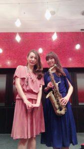 サックスとピアノの2名編成でジャズ生演奏でした