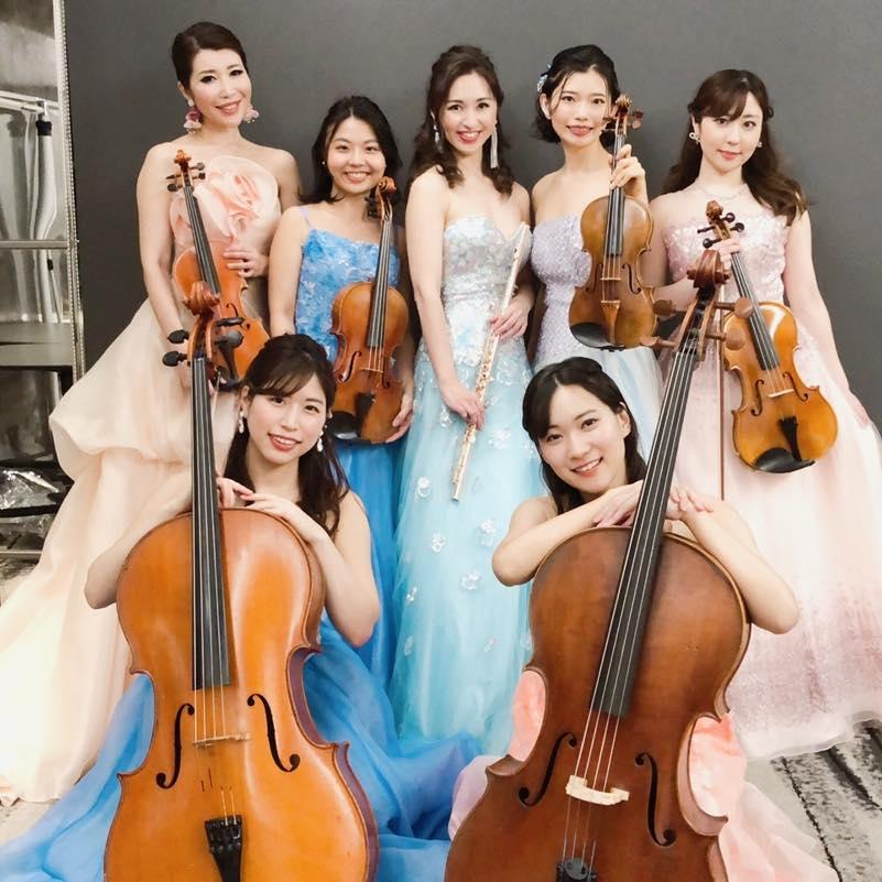 ミニオーケストラでクラシック生演奏でした